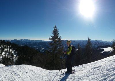 Schneeschuh wandern 1 400x284 - Naturschönheiten