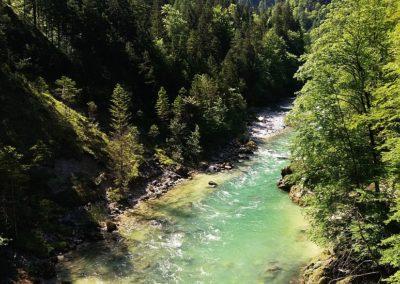 Wasserloch 1 400x284 - Hikes