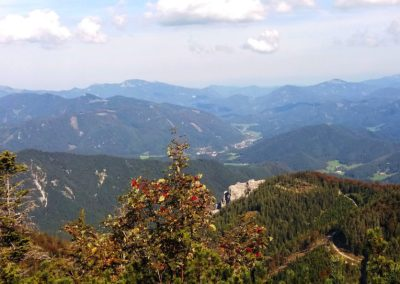 b Abstieg 6 400x284 - Hikes